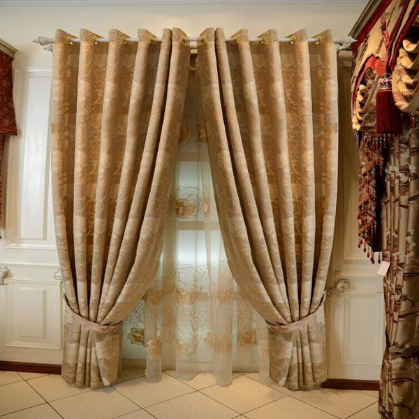 heavy-curtains