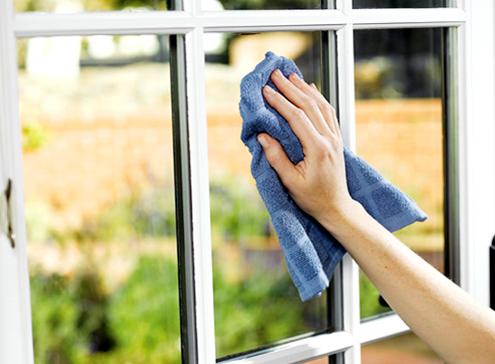vinyl-windows-cleaning